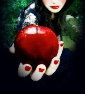 Envie d'interdit ? dans Croquer le fruit défendu pomme-273x300